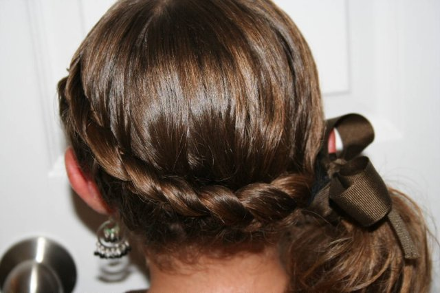 More Picture For hairstyles taylor swift french twist loose braided up do with blonde.