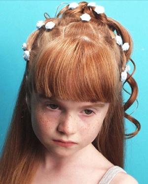 تسريحة الطفلة مرآة لشخصية الأم - حصريا : تسريحات للبنوتات الحلوات 2011 a710433f3295.jpg