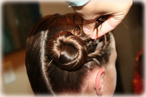 http://silk-hair.ru/images/stories/prich/5/twist-hairstyle-step-12.jpg