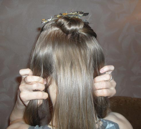 прическа для тонких волос для объема, как красиво заколоть волосы